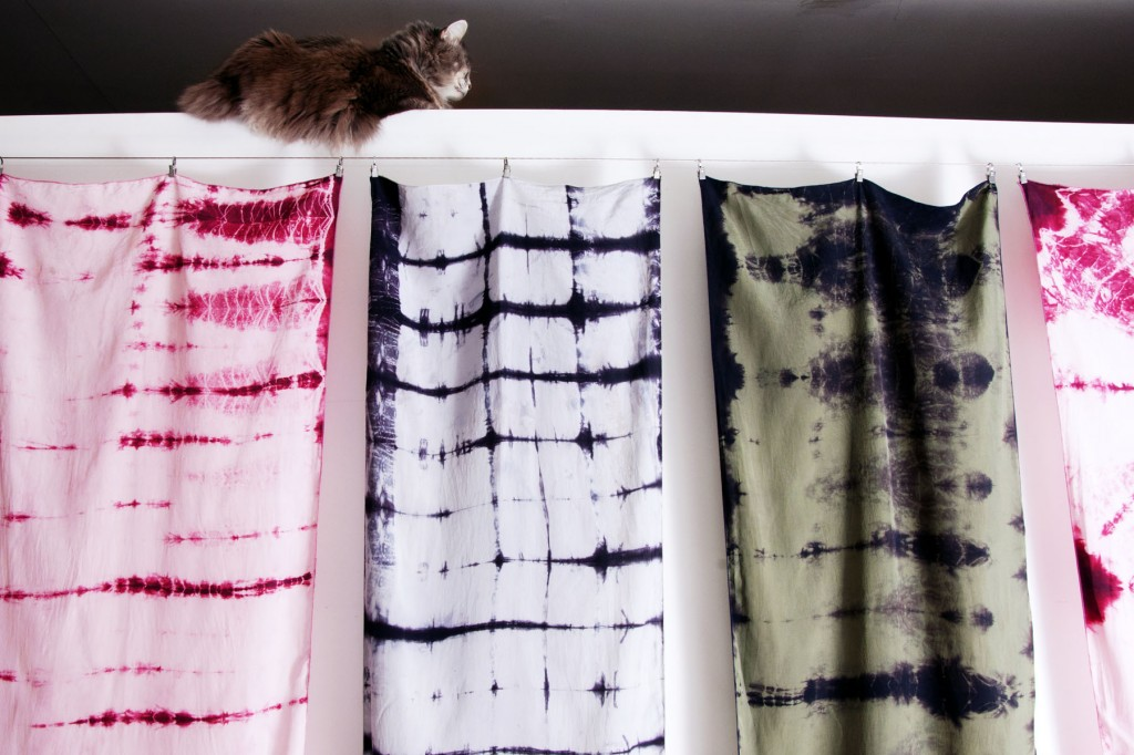 MultiShiboriFrontView_Flat_Cat_Scarves_HomeWEB